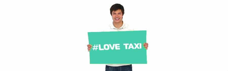 Встреча с табличкой Love Taxi
